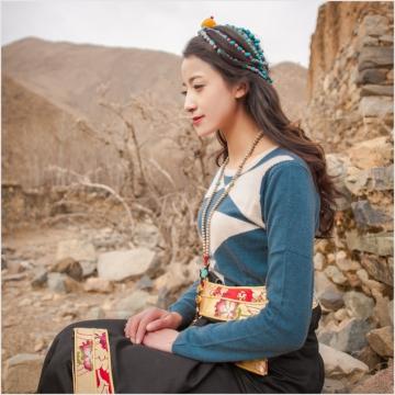 西藏措勤县地方特色金紫绒 女款上衣 圆领羊绒衫 蓝色 S