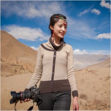 西藏措勤县地方特色金紫绒 女款上衣 微高领羊绒衫 卡其色 S